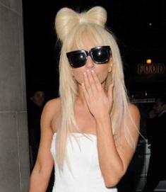 Акаунтът на Lady Gaga в You Tube, временно прекратен поради нарушение на авторски права