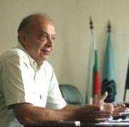 Професор Камен Веселинов днес навършва 66 години